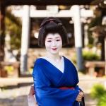 115-Kyoto-Geiko-Portrait-Cherry-Blossom
