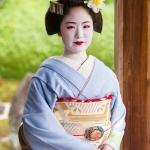 Maiko Portrait Session-05-japanphotoguide