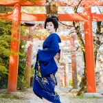 118-Kyoto-Geiko-Portrait-Cherry-Blossom