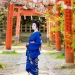 122-Kyoto-Geiko-Portrait-Cherry-Blossom